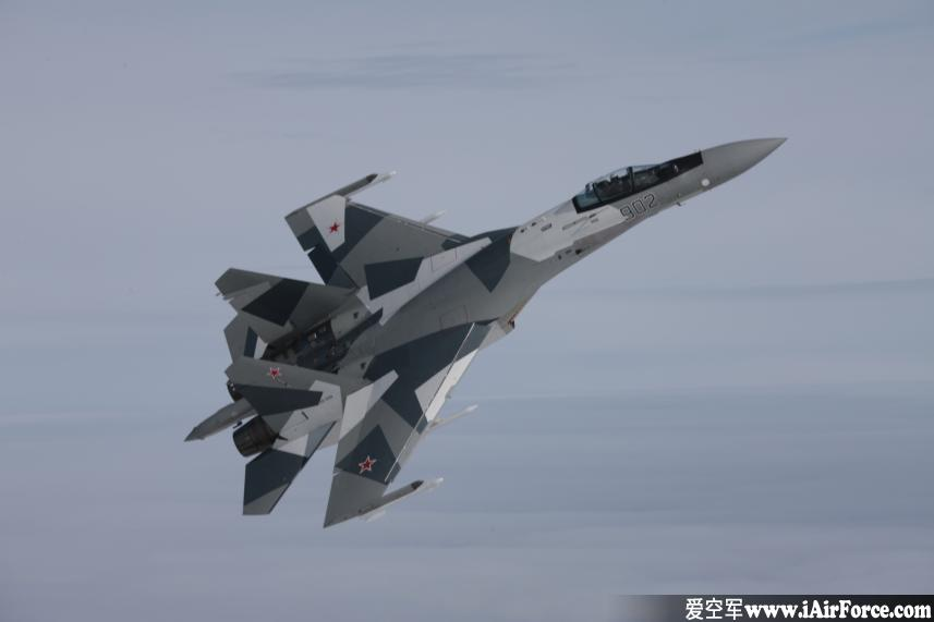 Su-35 高速飞行