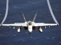 F/A-18EF 超级大黄蜂 掠海飞行 (F-18E)