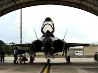 F-35 机库停放