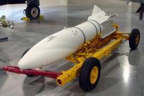 AIR-2 Genie 精灵 核空对空火箭弹